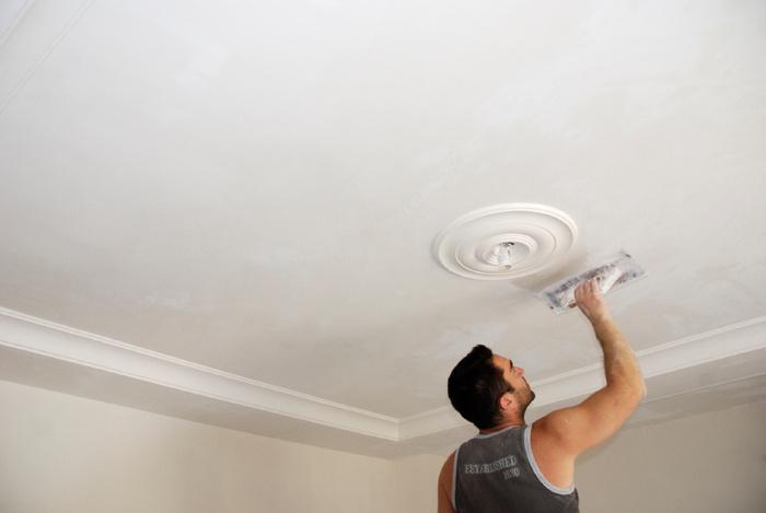 Ремонт своими руками отделка потолка