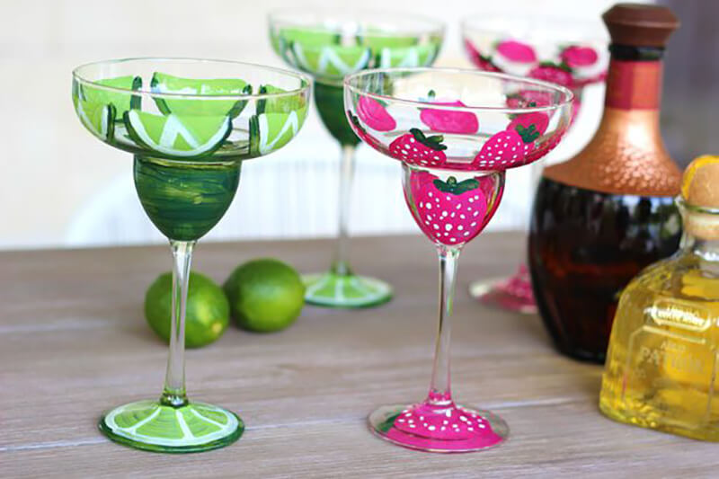 Как украсить бокалы для летней вечеринки
